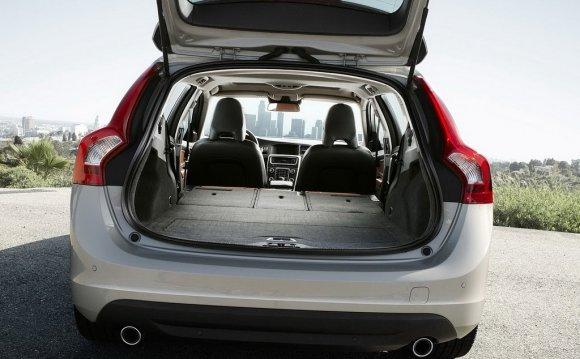 Багажник Volvo V60